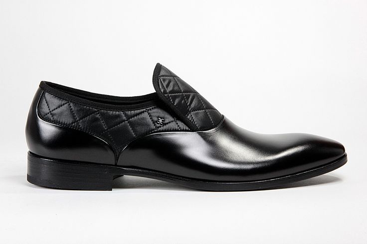 010 Fabi Shoes - #Men's #Handmade #Leather dress #shoes showcase a dapper wingtip detail and elegant elongated slim shape. Dust bag and shoe horn included.  $ Price: Make an Offer online: http://www.rinastore.com/010-fabi-shoes:-black/dp/5608  Made in Italy, Available at Rina's Boutique