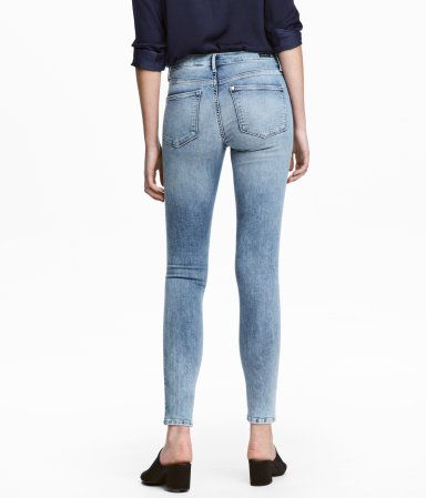 Shaping Skinny Ankle Jeans | Light denim blue | Women | H&M US