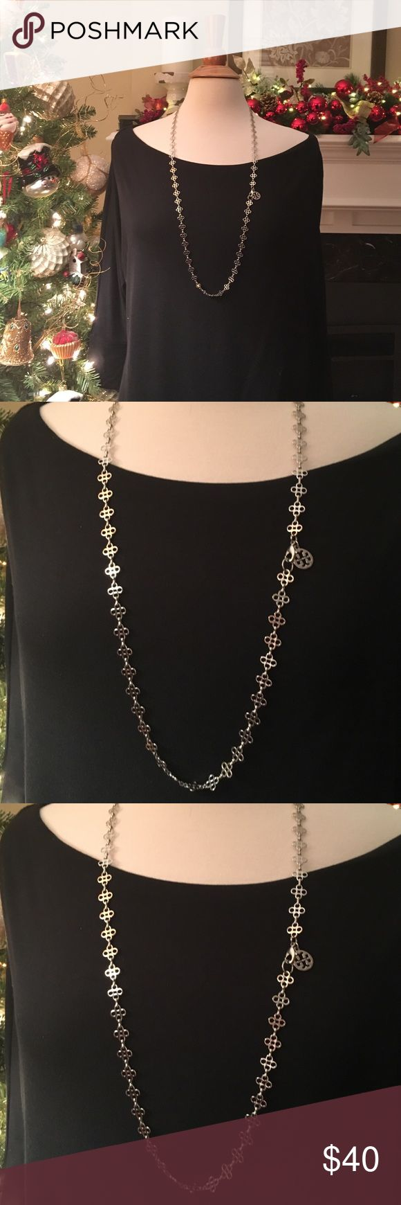 Tory burch necklace Beautiful silver Tory Burch necklace, authentic Jewelry Necklaces