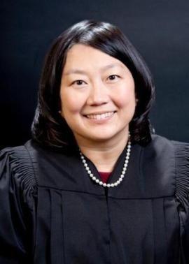Apple v Samsung - Judge says 'Apple's smoking crack': Tech News, District Court, Apples News, Judges Lucy, Judges Koh, Samsung, Smoke Crack, Lucy Koh, News Technology