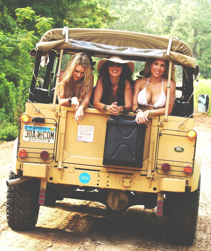 419 Best Land Rover Images On Pinterest: 859 Best Land Rover Girls (series & Defenders) Images On