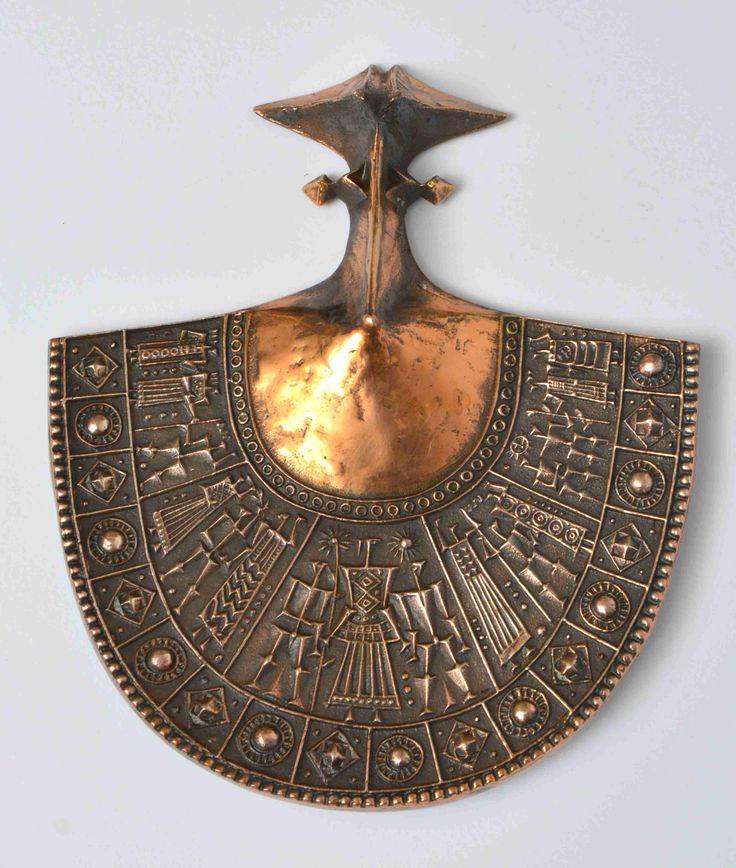 Pap Zoltán - Falidísz. Öntött bronz.Készült: 1970-es évek. 26x21 cm. Jelezve: beütött Pap Z. jelzés PZ03 16/20
