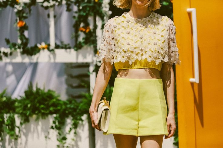 Sunshine at the Veuve Clicquot Polo Classic // See more at Racked: (http://ny.racked.com/2015/6/1/8698505/veuve-clicquot-polo-classic-photos-2015?utm_campaign=ny.racked&utm_content=gallery-post&utm_medium=social&utm_source=pinterest)