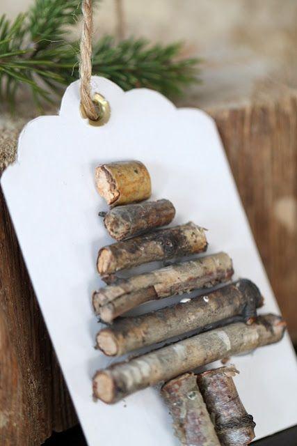 """This Xmas tag """"wood"""" be cute!"""