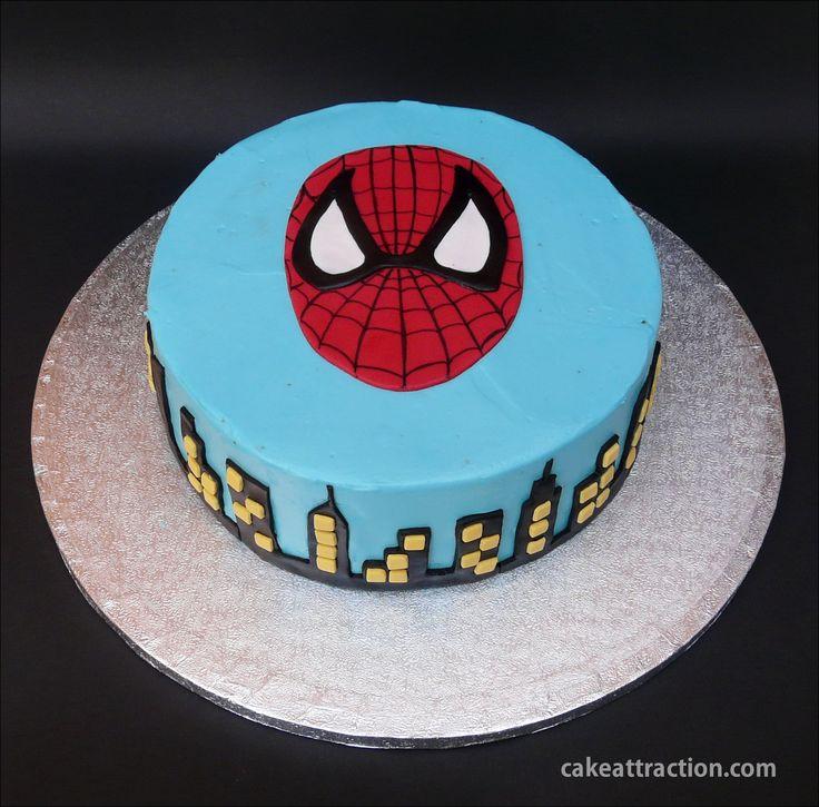 Tarta Spiderman. Bizcocho de chocolate con cobertura de crema de queso. Muy muy buena!! Ideal para los que les gustan los superheroes!!