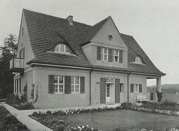 Villa Riehl in Neubabelsberg near Berlin, Architect Ludwig