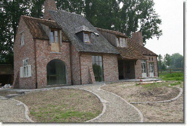 Mooi voorbeeld van het gebruik van verschillende soorten dakpannen.
