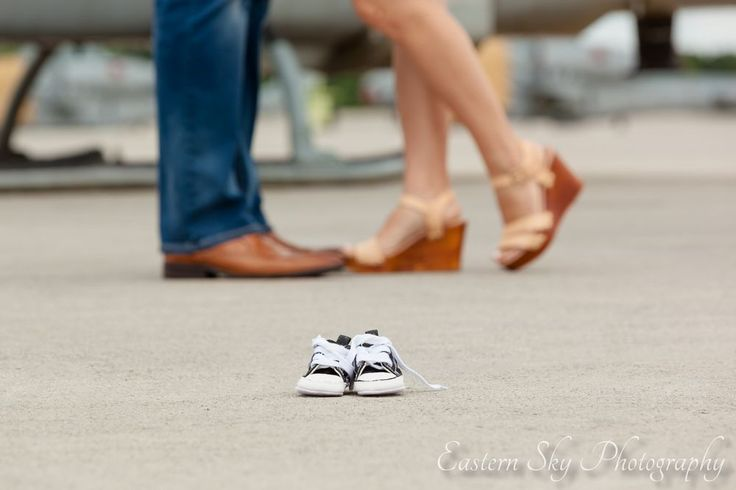 military pregnancy announcement! usmc aviation family pictures