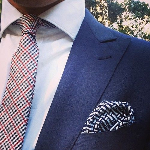 Perfect combination.  Every man should own a blue suit. Mens fashion.