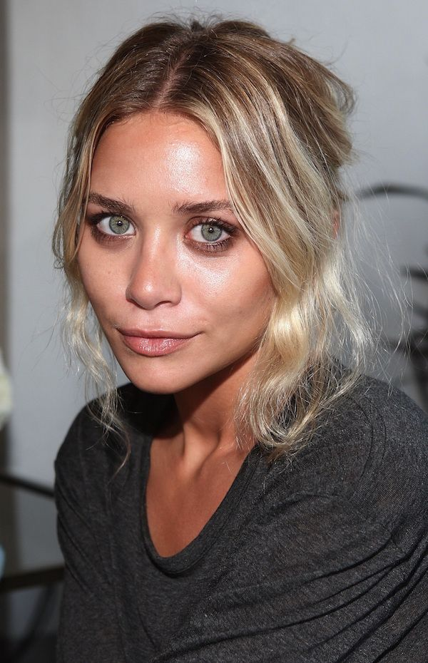 Olsens Anonymous Blog Stye Fashion Ashley Olsen Twins Subtle Smoky Eye Eyeshadow Natural Lips