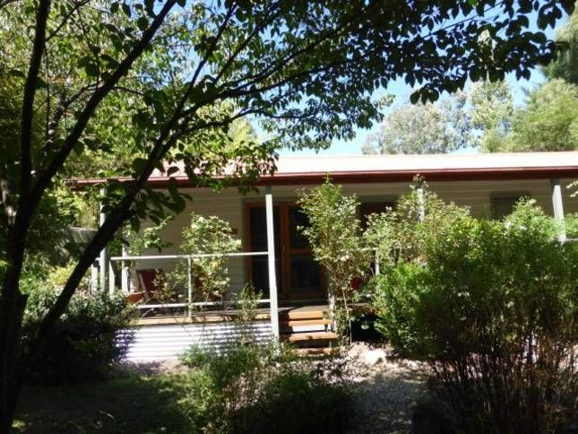 Mystic View Cottage Historical, a Bright House | Stayz