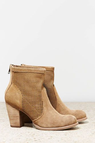 Your Search For The Perfect Spring Boot Ends Here #refinery29 *American Eagle perforated booties