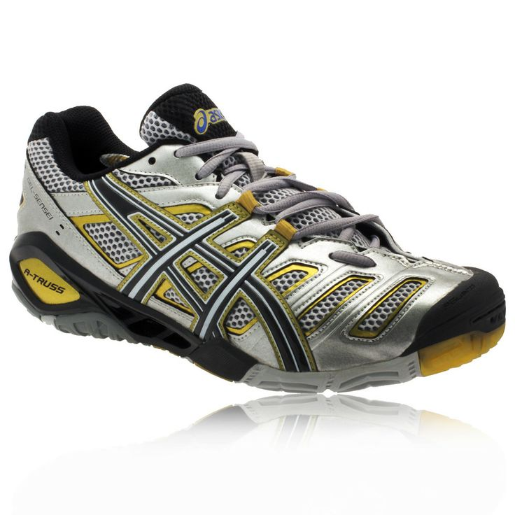 Here's a look at the Asics Gel Sensei 4 squash shoes in white/black/silver.