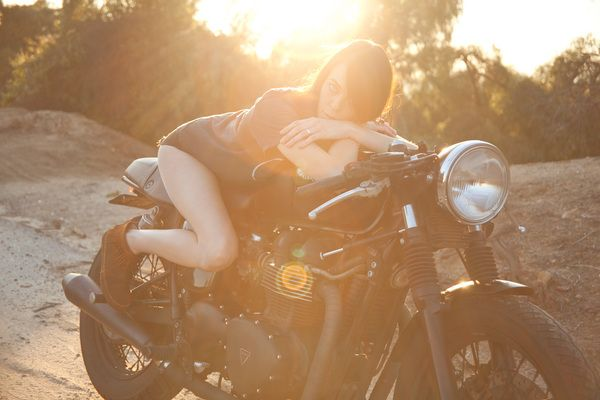 : Racers Girls, Motorcycles Stuff, Motorcycles Shoots, Motorcycles Photoshoot, Motorcycles Girls, Motorcycles Ideas, Moto Girls, Cafe Racers, Racers Motorbikes