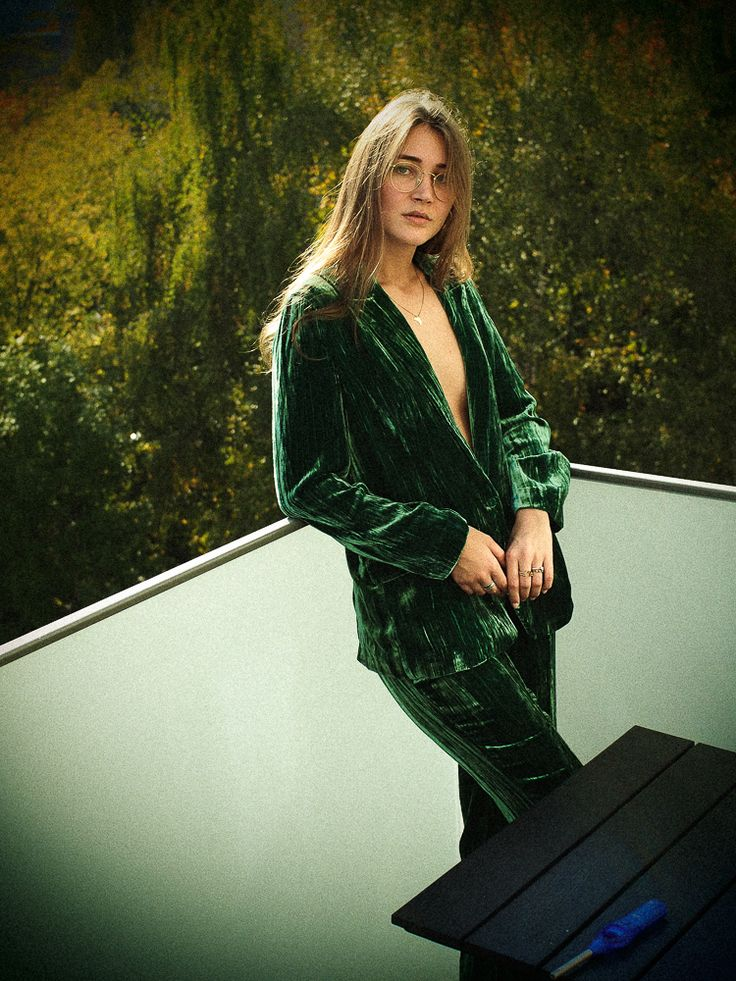 casual velvet suit http://www.my-dailycouture.com/