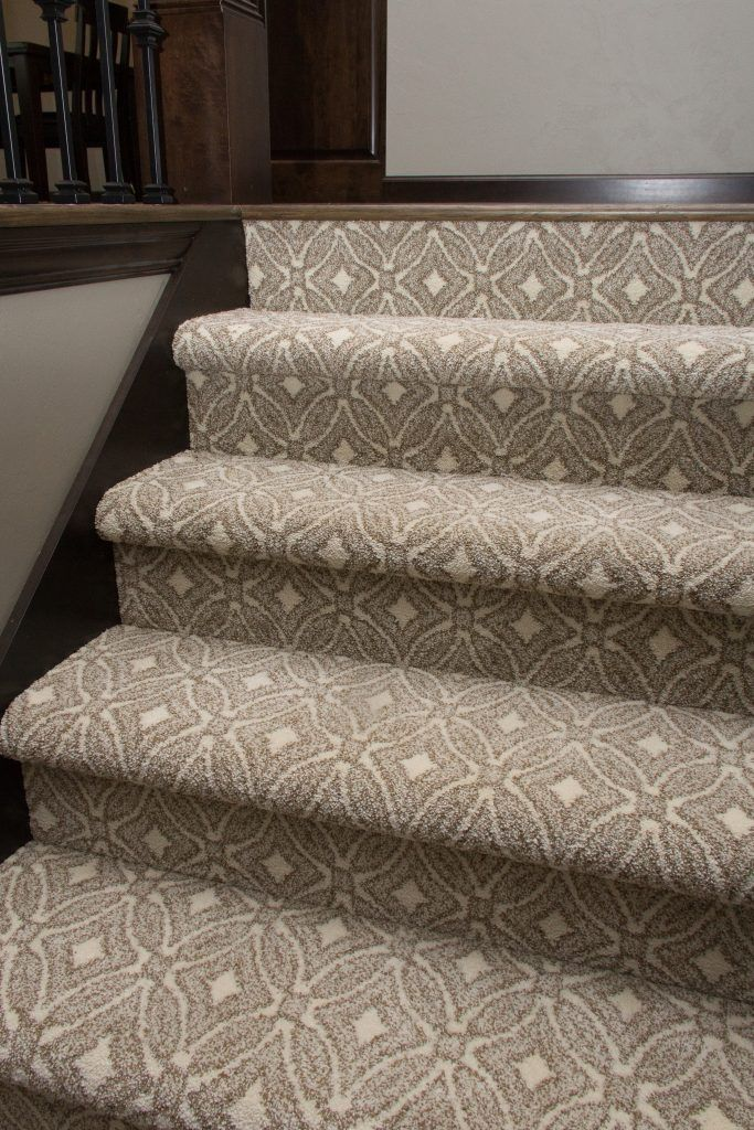 Gray And Cream Patterned Staircase Carpet Carpet Stairs Stair | Grey Patterned Carpet Stairs | Unusual | Living Room | Grey Mottled | Carpet Wrapped | Geometric