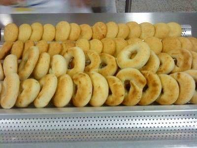 Almojabanas, pandebonos  o pan de queso o cuajada