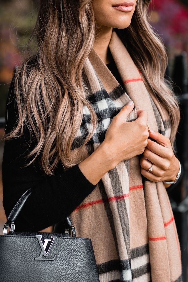 Shop the Burberry collection at Farfetch Six years…Six whole years. 71 months, 313 weeks, 2190 days, 52,560 hours. Looking at that as I write this, it doesn't actually sound all that long, but…