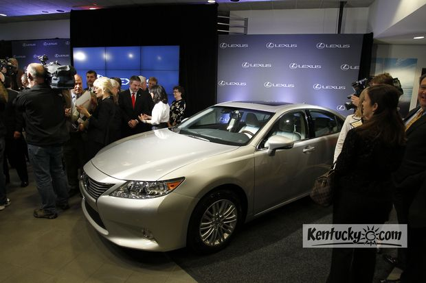Toyota to build Lexus ES luxury sedan in Georgetown | Business | Kentucky.com