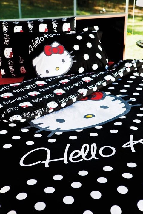 Hello Kitty bedding...u think the hubby would let me decorate in this?