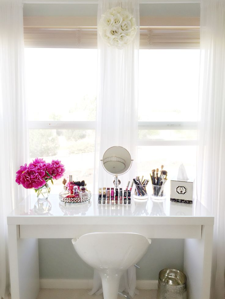 IKEA Malm dressing table I use this as my makeup vanity.