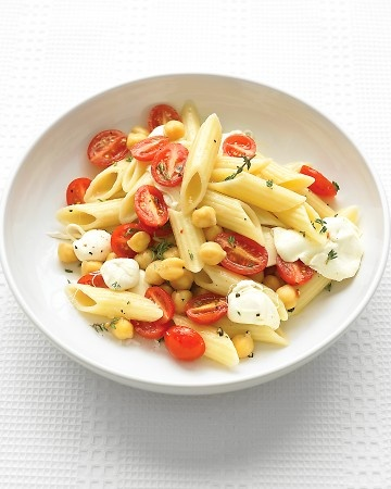 Penne with Grape Tomatoes and Mozzarella  http://www.marthastewart.com/360627/kid-friendly-vegetarian-recipes/@center/852566/vegetarian-recipes#285661
