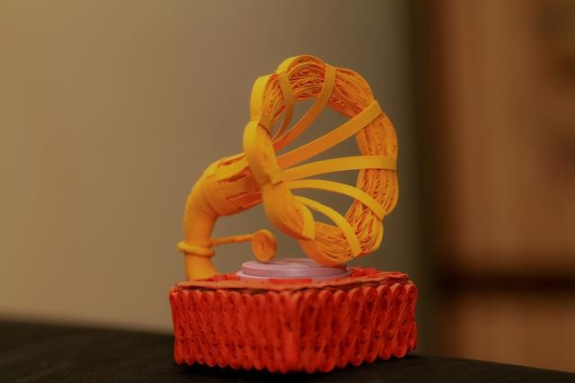 Quilled Gramophone by Lekha Justin, India
