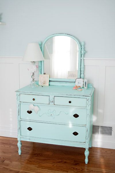 Love this dresser with the rough edges.  It's actually similar to one I have in my own bedroom.