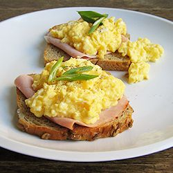 Cute way to serve eggs and toast: Glorious Food, Butter Served, Food Glorious, Scrambled Eggs, Melted Cheese, Favorite Toasted, Delicious Scrambled, Name Names