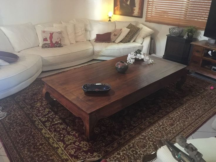 Beatiful Bery Large Mahogany Coffee Table Part 97