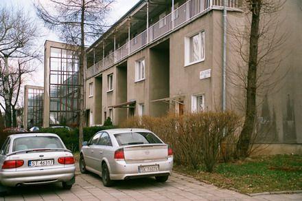 Tychy, Budynki mieszkalne szeregowo-galeriowe, os. E2, arch. S.Rewers, K.Fojcik, Foto. Janusz A. Włodarczyk ©