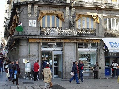 Pastelería La Mallorquina desde1894. La mejor pasteleria en Madrid! The best bakery in Madrid, founded 1894!
