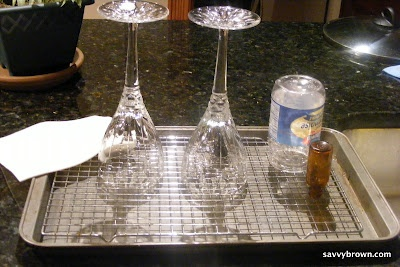 DIY dish drainer.  This is interesting.