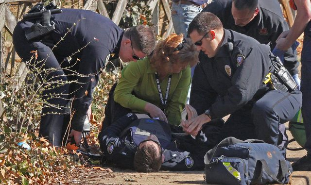 BREAKING: Police officer shot by Mexican Illegal Immigrant http://usnews365.com/breaking-police-officer-shot-by-mexican-illegal-immigrant/ [put an end to Dems controlling us.........]