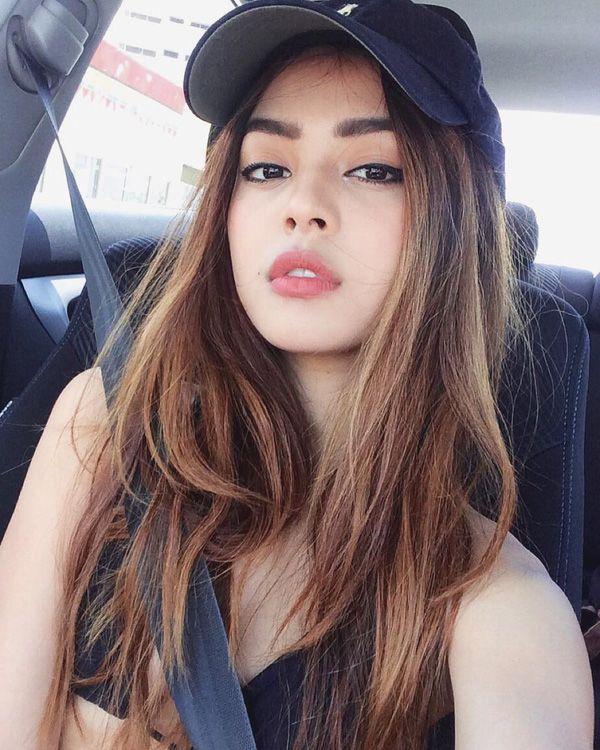 Hành trình thay đổi nhan sắc ngoạn mục của hot girl môi tều Lily Maymac - Ảnh 6.