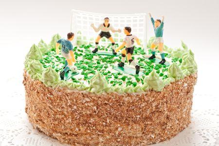 Un #dolce di sicuro effetto, da condividere con gli amici durante la #partita!  Scopri le nostre #ricette: http://www.dimmidisi.it/it/dimmicomefai/fresche_ricette/article/torta_campo_da_calcio.htm - #dimmidisi #ricetta #recipe #cooking #cuisine #torta #cake #calcio #sport