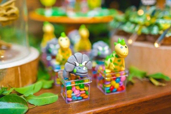 festa dinossauro 3