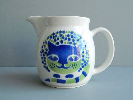 Adorable little treasure! Arabia Finland Pitcher Modernist Cat Kaj Franck by MonkiVintage