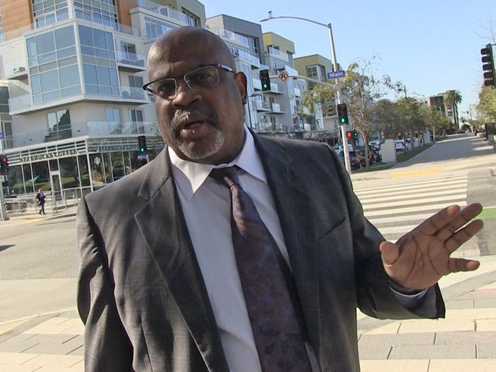 Christopher Darden -- White Writers Just Don't Understand Race in O.J. Case (VIDEO)