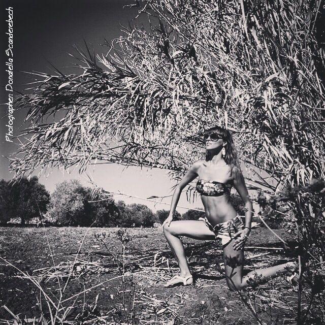 PHOTOGRAPHER and REWORKING : Donatella Scanderebech, MODEL: Federica Scanderebech