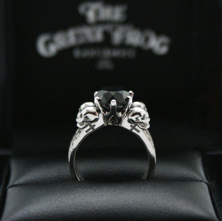 Best 25 Skull engagement rings ideas on Pinterest Diamond skull