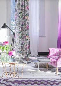 designers-guild-collectie-behang-kussens-gordijnen-transparant-bloemen-flora-blauw-plaids-kleur-op-kleur-interieur-2017-500x700-19