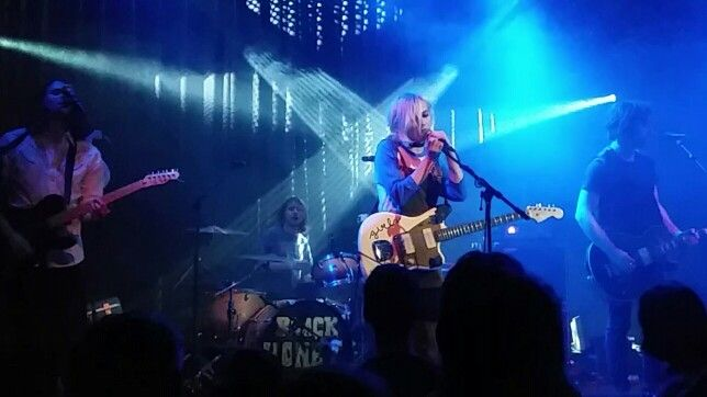 Black Honey in de kleine zaal van Paradiso. 2016 01 13 indiestadpas