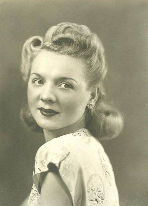 40s style hair 17 best ideas about 1940s hairstyles on 1937