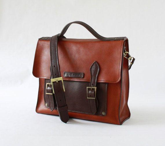 CARTELLA in CUOIO MARRONE fatta a mano borse e borsette di ElMato borse in cuoio, cartelle in vera pelle,borse made in italy, cartelle artigianali, borse fatte a mano, cartella in cuoio, borse ufficio, cartella per scuola, borsa da postino,