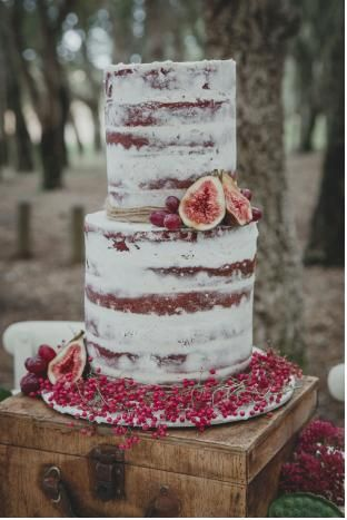 cake with fruit on top 28 best images about bolo on skull wedding 2363