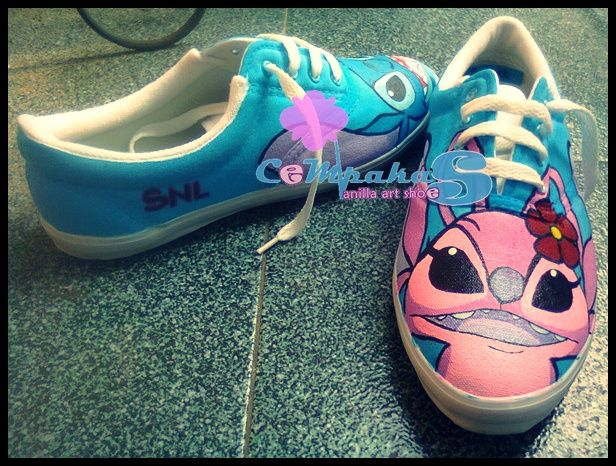 Stitch & Angel painting shoes. price of 100,000 [not including postage]