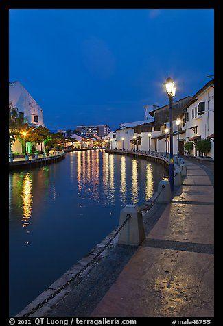 Melaka river promenade at night. Malacca City, Malaysia