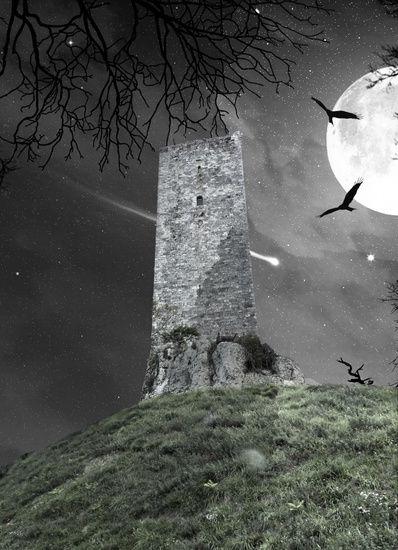 Nieuw in mijn Werk aan de Muur shop: Spookachtige toren van Montcuq bij…