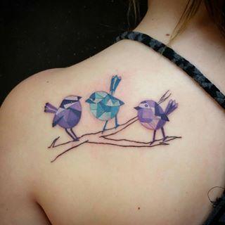 Estas dos bellezas. | 35 Diseños de tatuajes perfectos para el hombro
